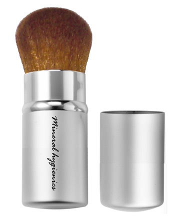Retractable Kabuki Brush - Click Image to Close